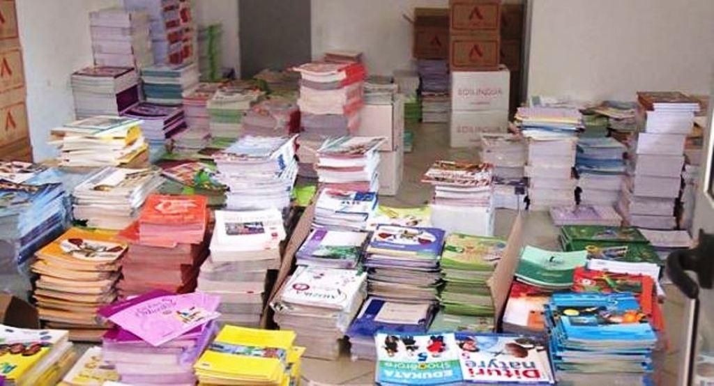 Librat, çmimet këtë vit janë rritur deri në 30%