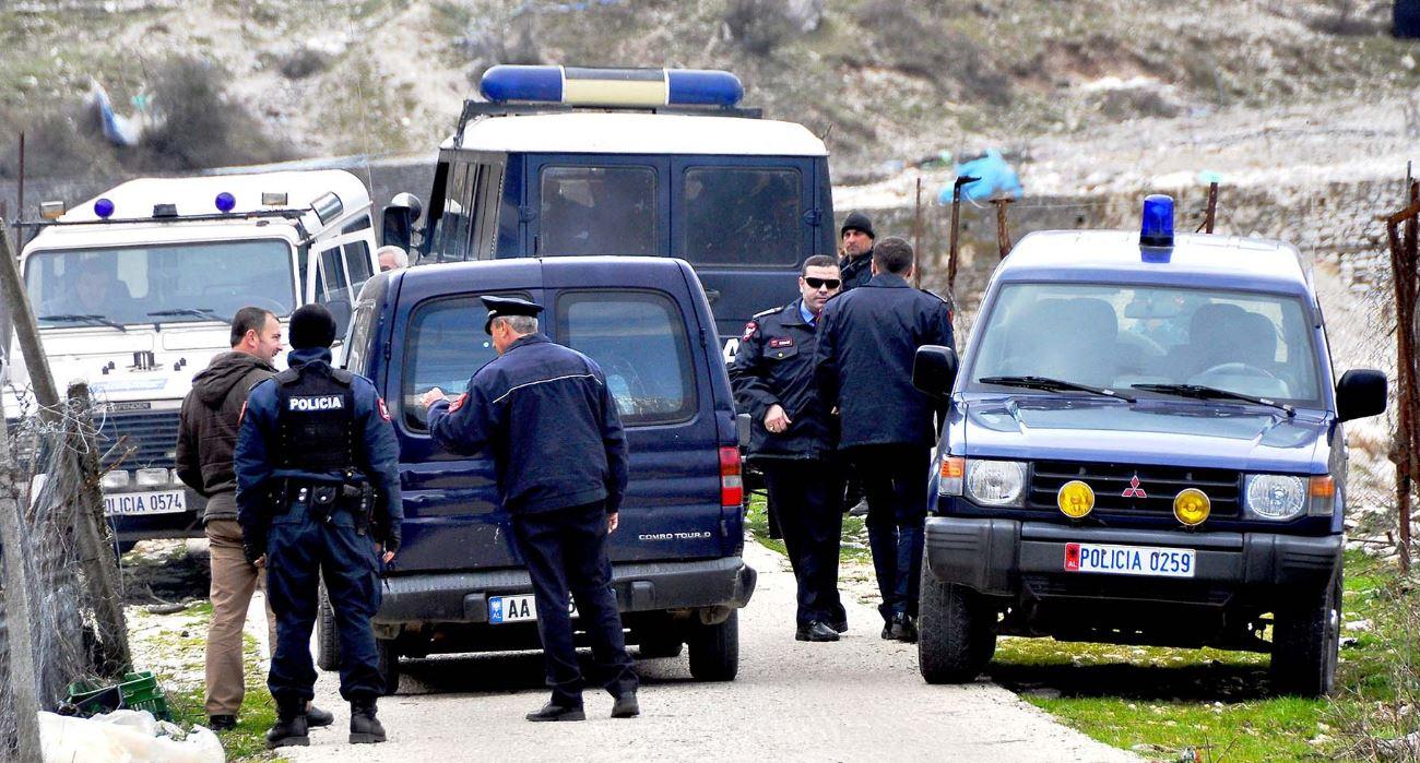 Masakër në Vlorë, 24-vjeçari vret 8 persona nga fisi dhe plagos 6 të tjerë