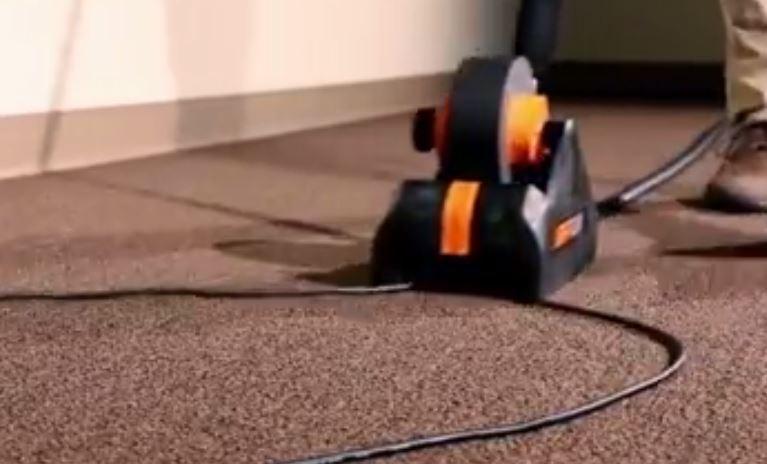 """Ju rrinë telat """"nëpër këmbë""""? Kjo pajisje e thjeshtë ua heq sikletin (VIDEO)"""