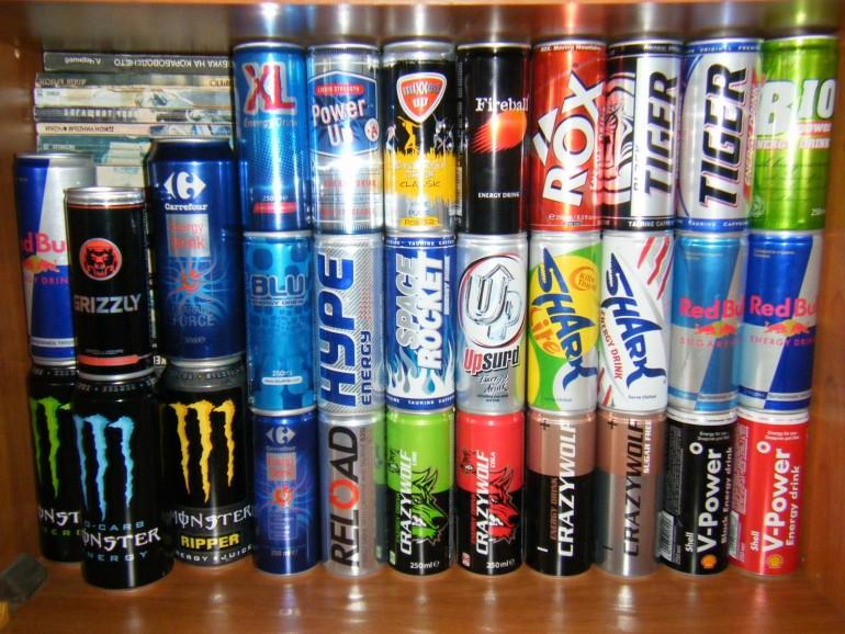 Ligji i ri: Prindërit që do të lejojnë fëmijët të konsumojnë pije energjike, do të gjobiten