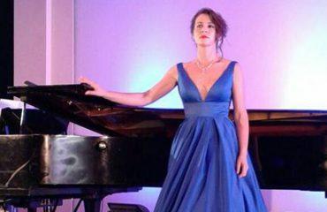 Nina Muho: Këngëtarët lirikë shqiptarë po arrijnë majat më të larta botërore