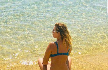 Anxhela zbulon linjat perfekte në Greqi