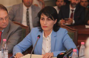 """Kryeprokurorja Arta Marku, """"furtunë"""" te Krimet e Rënda, ja lëvizjet"""