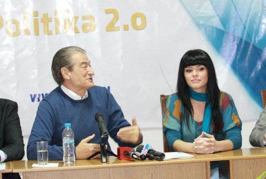 Braktisi PD-në pas dorëheqjes së ish-kryeministrit Berisha...shpjegohet Greta Koçi!