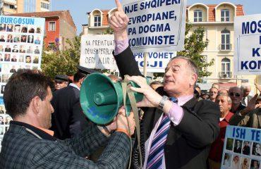 DEBATI/ Dëmshpërblimet, ish-të përndjekurit: Jemi kundër ndryshimeve në ligj!