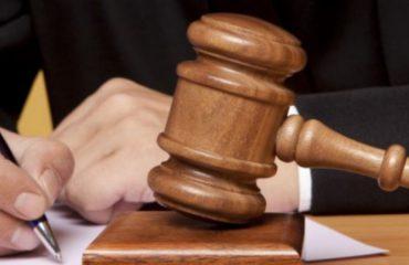 Korrupsioni dy mijë euro: Arrestohet avokatja në Tiranë, pezullohet prokurori nën hetim