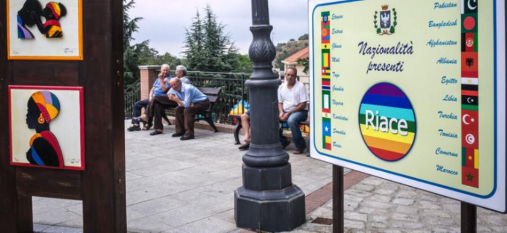 ITALI/ Ashpërsohet politika ndaj refugjatëve, çfarë po ndodh në fshatin që sfidoi Qeverinë