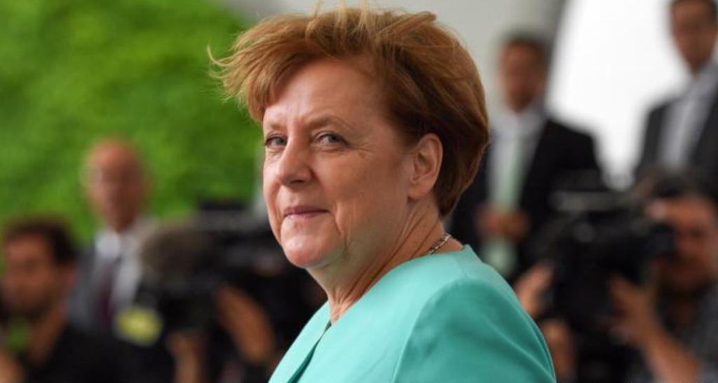 Analizë e DW: Vjeshta e stuhishme e Angela Merkelit