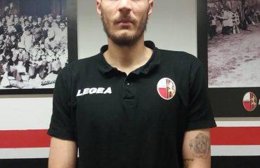 """E bindën prindërit, Dermaku """"tradhtoi"""" Kosovën për Shqipërinë"""
