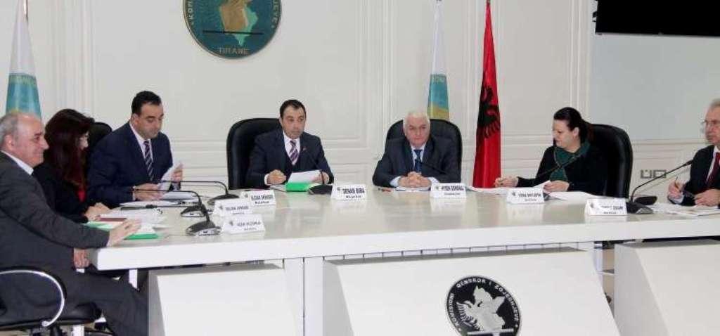 SKADIMI I MANDATEVE/ Caktohen dy kandidatët e PS për në KQZ, priten propozimet e opozitës