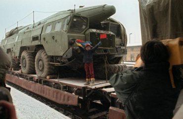 """Analisti rus: Përgatituni për një """"luftë të re të ftohtë"""""""