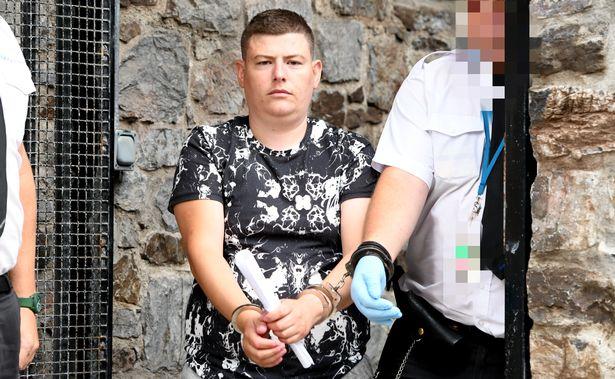 Shqiptari u kap me 1kg kokainë, gjykata e dënon me 3 muaj burg dhe largim nga Britania