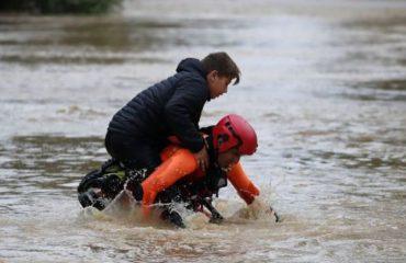 Moti, shiu do të vazhdojë me intensitet, parashikohen përmbytje në disa qytete