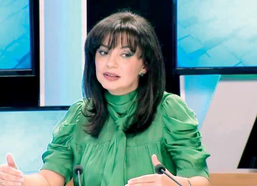 """Sonila Qato i përmbahet """"kodit"""", por flokët..."""