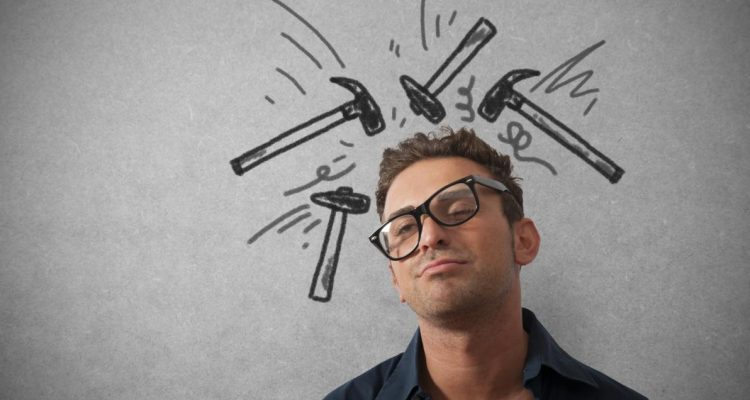 Si të lehtësoni dhimbjet e kokës