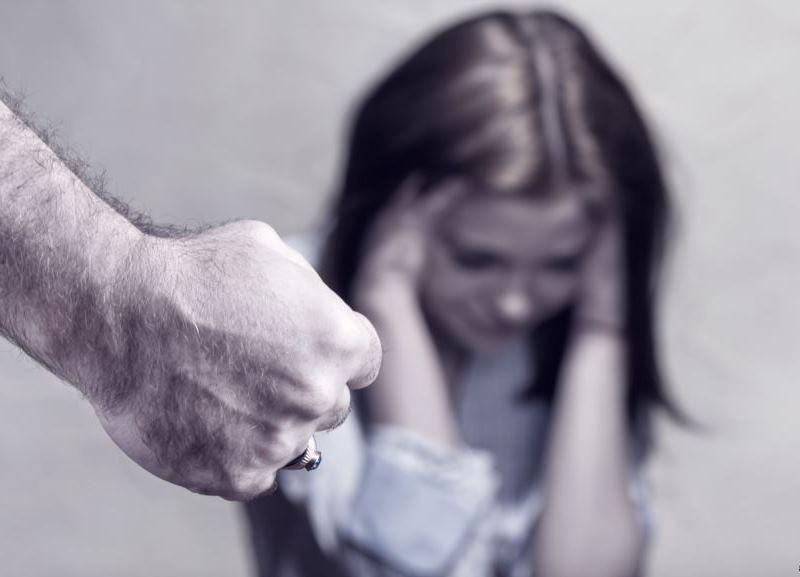 Gratë dhunohen, burrat predominojnë në krime
