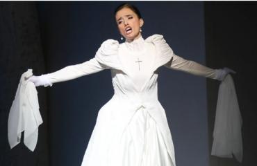 Ermonela Jaho, sopranoja më e kërkuar në botë nis rrëfimin me fëmijërinë e saj të izoluar