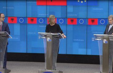 Integrimi në BE, Hahn dhe Mogherini: Qeveria ka përgjegjësinë e kushteve për dialog, opozita të mos bojkotojë