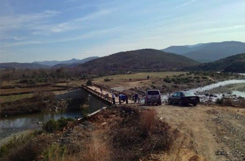 AKSIDENTI NË LEZHË/ Makina me kanabis bie poshtë urës, humb jetën shoferi