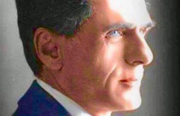 Mit'hat Frashëri, largpamësi i letrave dhe politikës shqiptare