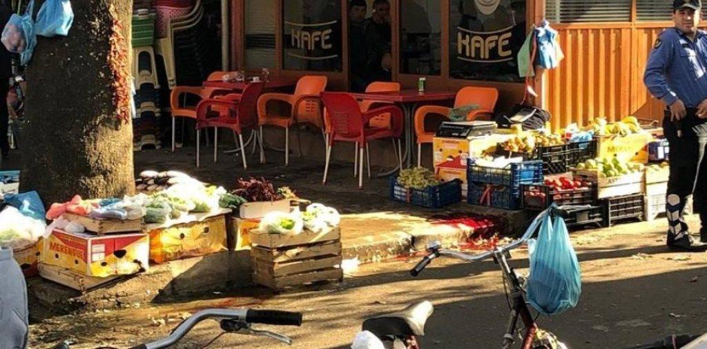 ATENTATI/ Breshëri kallashi nga motorçikleta, vritet në mes të Shkodrës babai i katër fëmijëve