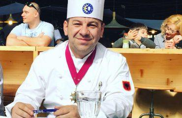 Masterchef Arjan Ceka: Krishtlindjet, respektohet tradita por e risjellë në mënyrën tonë!