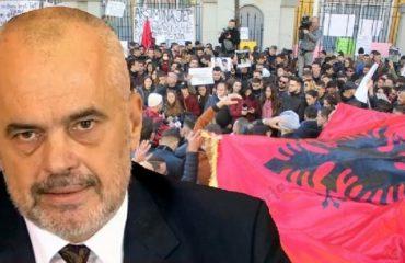 Kryeministri, apel studentëve: Eja diskutoni, ndryshe në rrugë!