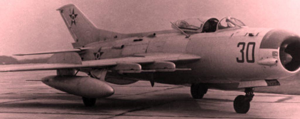 Rrëfimi i ish-specialistit: Si na i sollën nga jashtë me defekte pjesët e aeroplanëve Mig-19 dhe i rregulluam vetë