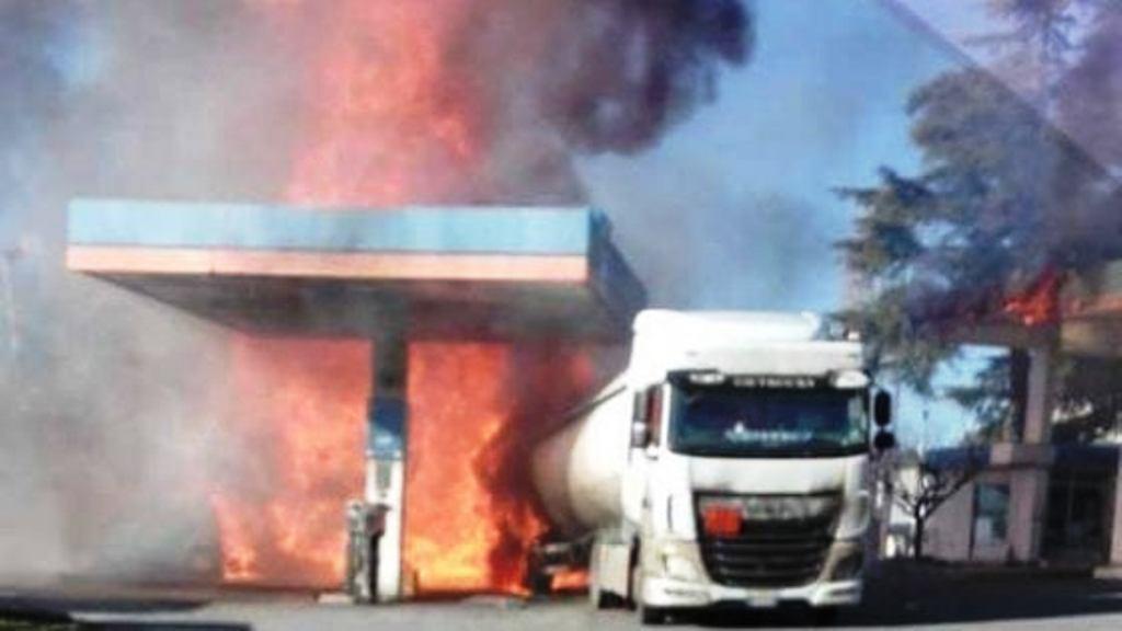 Itali/ Shpërthen cisterna, dy jetë të humbura, dhjetëra të plagosur