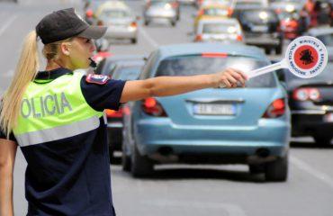 NDRYSHIMET/ Jo më postblloqe të Policisë Rrugore, ministri Lleshaj i heq policët edhe nga semaforët