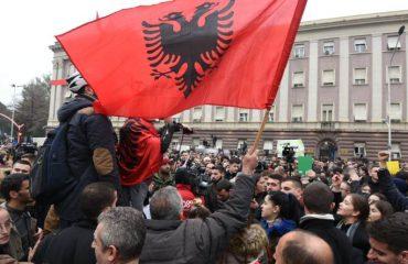 BE: Protesta e studentëve, koha për të ndërtuar dialog!