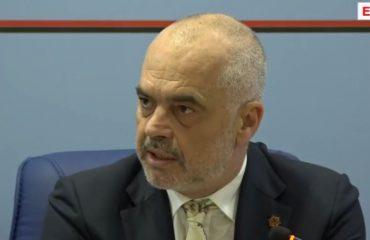 """Rama """"kritikon"""" dekanët dhe rektorët për autonominë e universitetit dhe keqmenaxhimin e buxhetit"""