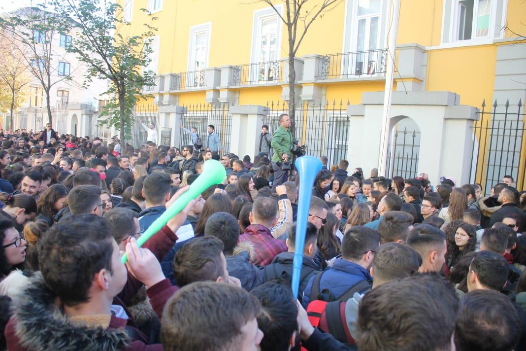 Studentët i përgjigjen Ramës me 5 fakte, protesta vijon nesër përpara Ministrisë së Arsimit