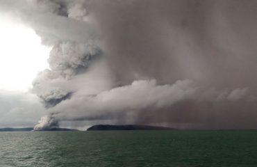 Indonezi në panik për shpërthimin e vullkanit