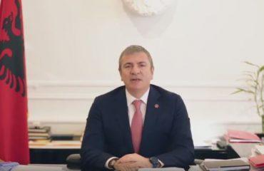 """Gjiknuri jep """"lamtumirën"""" si ministër përmes një video, arritjet e qeverisë dhe falënderimet"""