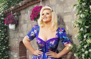 Amarda Arkaxhiu: Dasma shqiptare është ajo që mbron folklorin