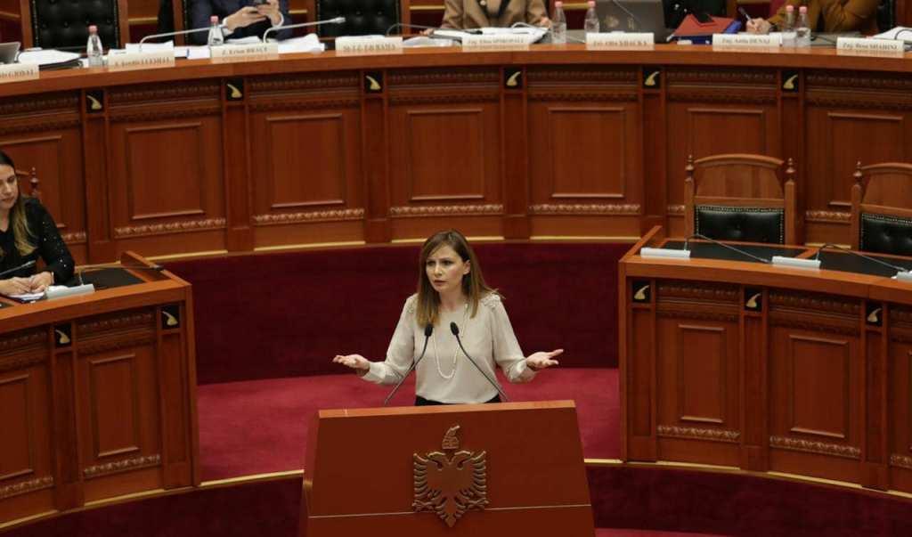Jorida Tabaku: Demokracia ra, ndjehem keq që jam sot në këtë Parlament!