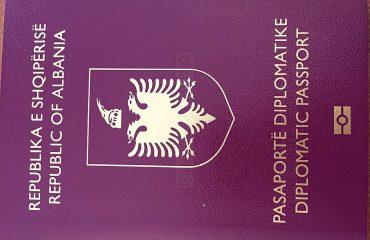 Vendimi i qeverisë/ Gëzohen diplomatët dhe zyrtarët shqiptarë, do të udhëtojnë pa viza në...