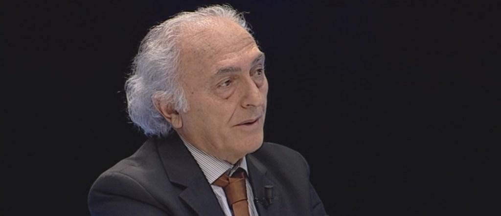 """INTERVISTË/ Kryeredaktori i parë i RD-së: Shkëlqimi dhe rënia e """"Fjalës së Parë"""""""