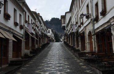 E bukura e këtij qyteti që frymëzoi Kadarenë, as fshihet dhe as shuhet! Foto