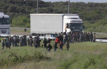 """Kultura e krimi që """"importuan"""" shqiptarët në Britani, si rast studimi mbi pasojat e emigracionit"""