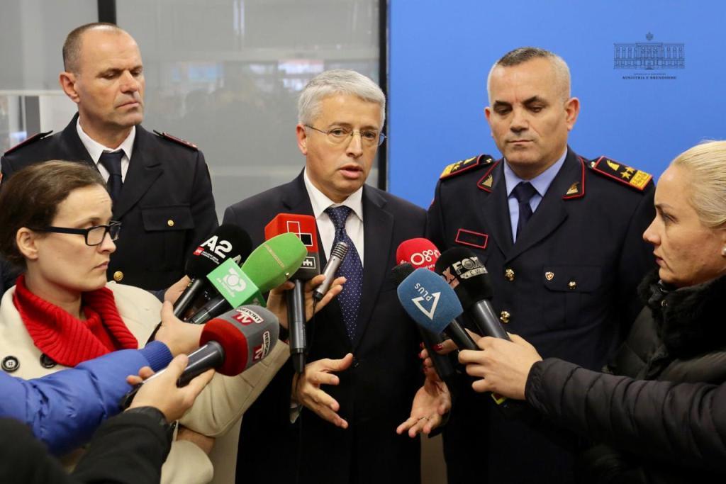 Ministri Lleshaj dhe Veliu në Elbasan, takojnë drejtorin e ri të Policisë dhe zyrtarë të tjerë