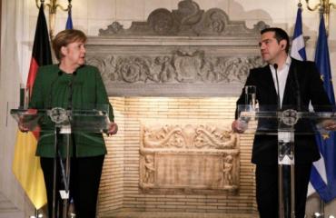 Merkel në Athinë, përgëzon Tsipras për vendimin e emrit të Maqedonisë