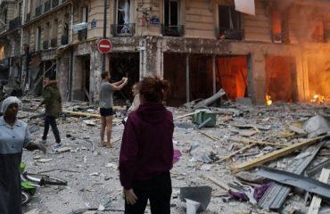 Shpërthim dhe flakë në qendër të Parisit, disa të plagosur