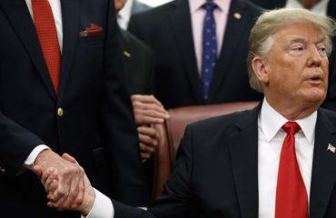 Dy javë nga mbyllja e qeverisë, takim në Shtëpinë e Bardhë për kompromis