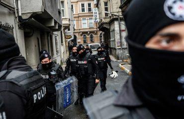 """""""Valë"""" e re goditjesh në Turqi, 147 urdhër-arreste ndaj përkrahësve të Gylenit"""