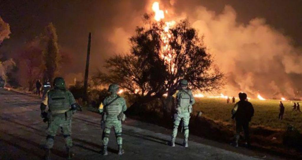 """21 VIKTIMA/ Çajnë tubacionet për të vjedhur naftë, shpërthimi dhe flakët """"fshijnë"""" hajdutët"""