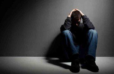 Depresioni, si ta frenojmë me dietë ushqimore dhe ushtrime