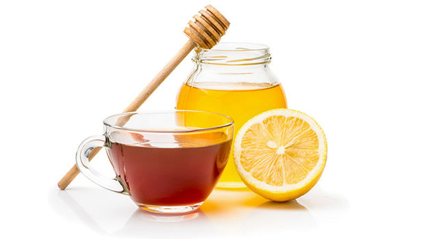 Mjaltë dhe kos kundër akneve