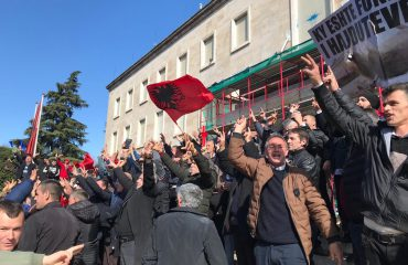 SPECIAL REPORT/ Opposition's protest in Tirana, violence and police reaction